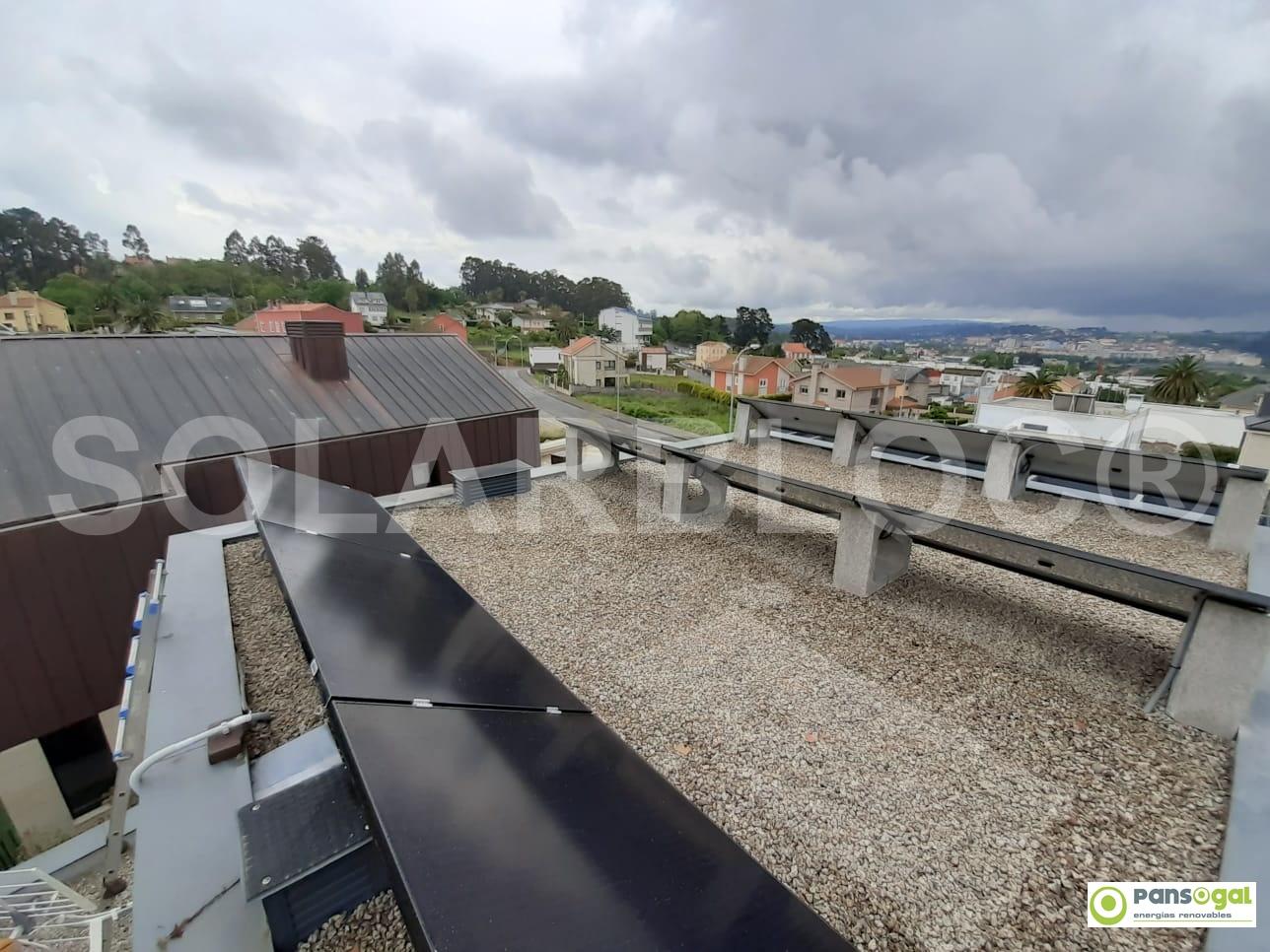 Soporte para placas solares en tejado SOLARBLOC Pansogal